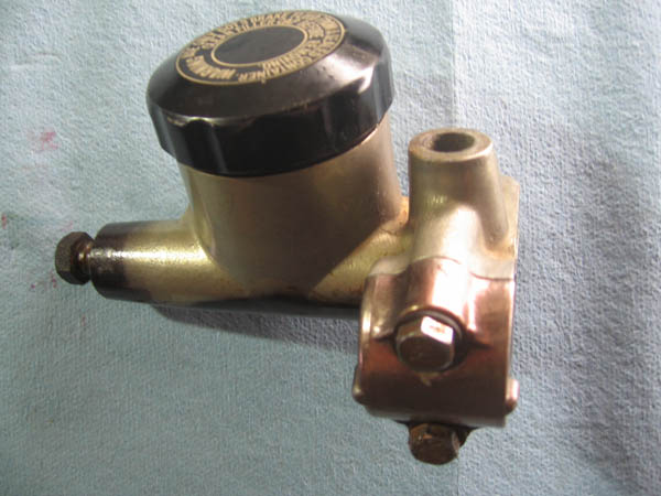 motorcycle tip on rebuilt master cylinder